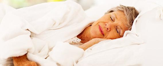 Seniors et sommeil : comment mieux dormir ?