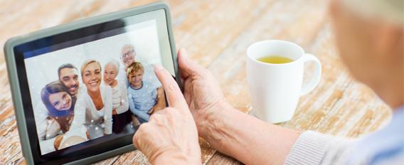 Le numérique, générateur de lien social pour les seniors ?